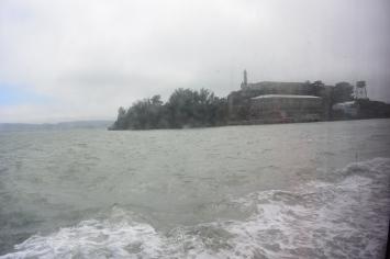 boating to alcatraz.